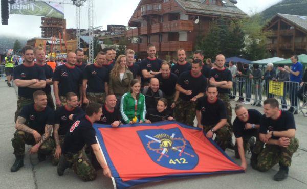 Een aantal mensen van Team Logsitiek liep de Alpe d'HuZus