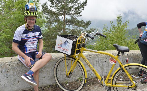 Team Logistiek fietst bijna € 30.000 sponsorgeld bij elkaar voor Alpe d'HuZes